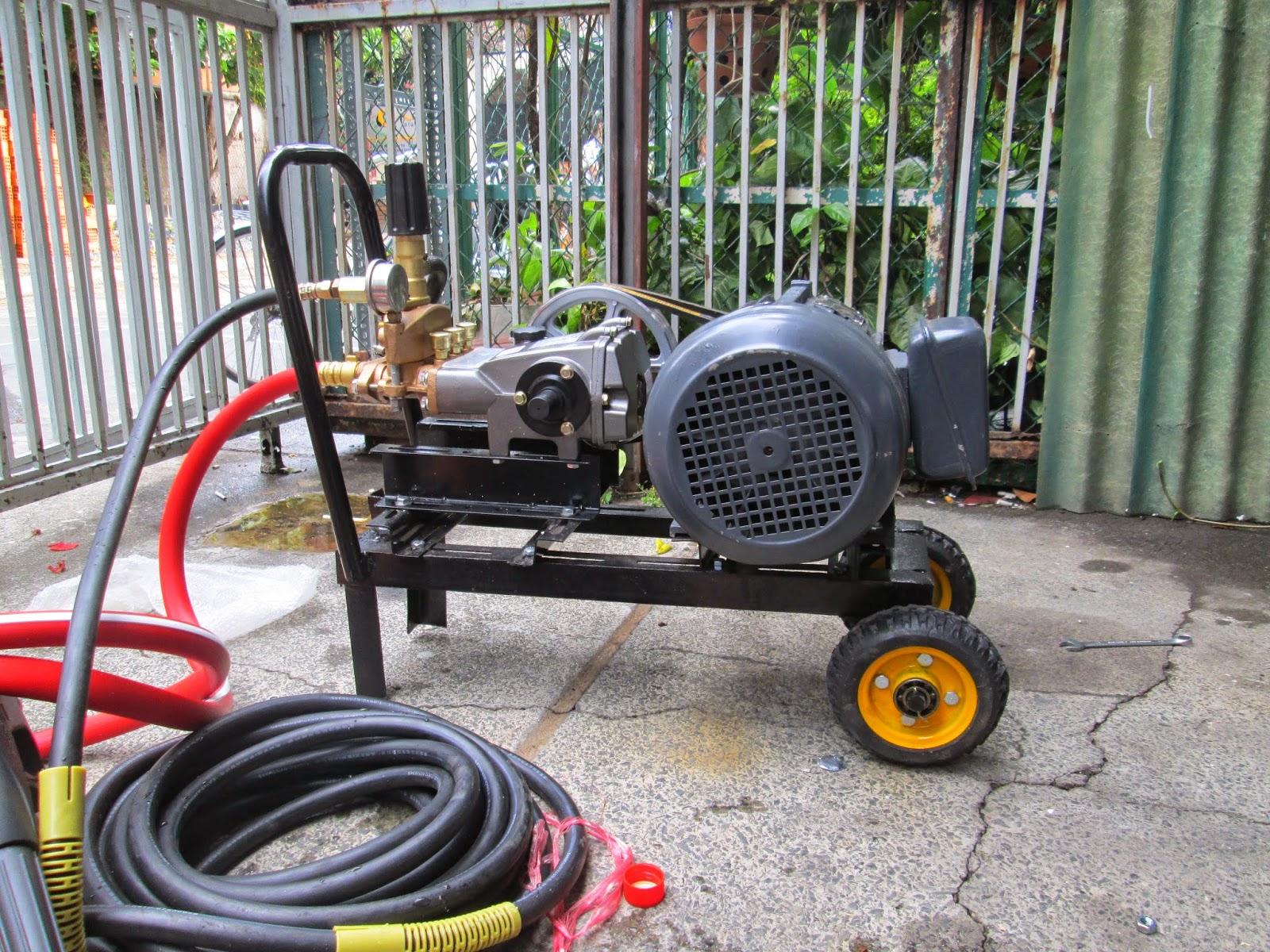 Máy rửa xe cũ có giá thành rẻ hơn nhiều so với máy mới