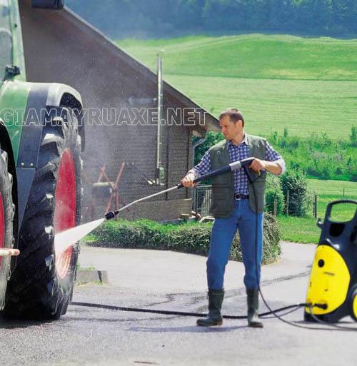 Chúng ta cần phải lưu ý sử dụng để máy rửa xe luôn được bền