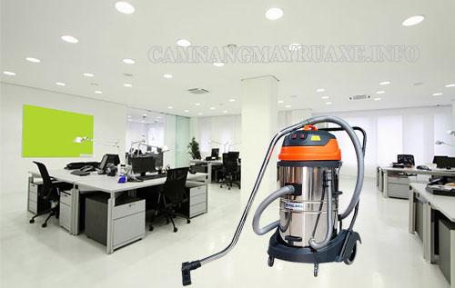 Máy hút bụi công nghiệp giúp thực hiện công việc vệ sinh trong văn phòng nhanh chóng