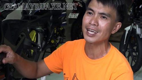 Anh Phạm Doãn Luân chủ cửa hàng rửa xe 2 triệu