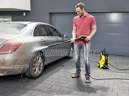 Mua máy rửa xe ô tô ở đâu