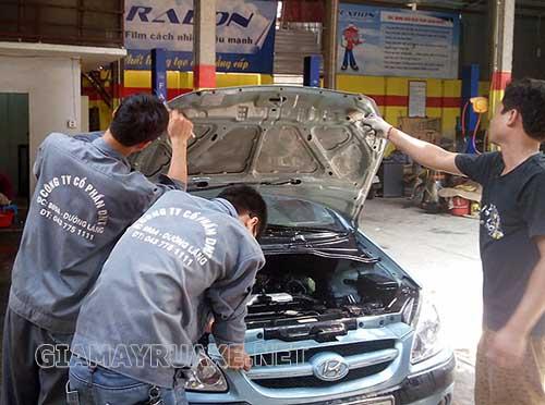 Các phương pháp vệ sinh máy ô tô uy tín, chất lượng