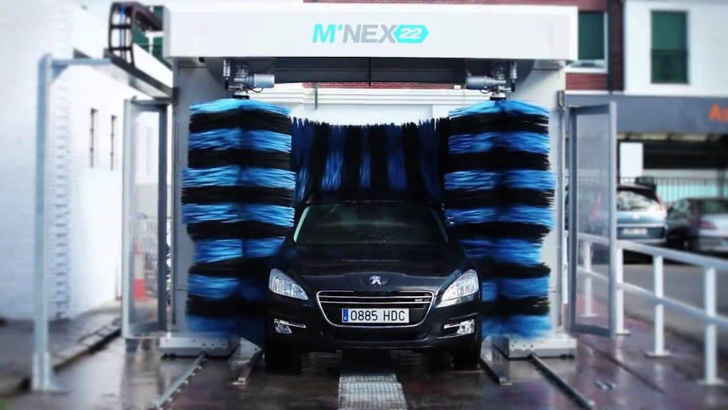 Rửa xe ô tô tự động