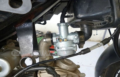 Bộ phận bơm xăng yếu dẫn đến tình trạng xe máy bị ì