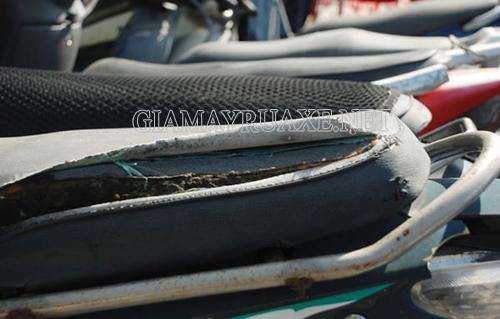 Mẹo khắc phục yên xe bị rách hiệu quả mà bạn không nên bỏ qua