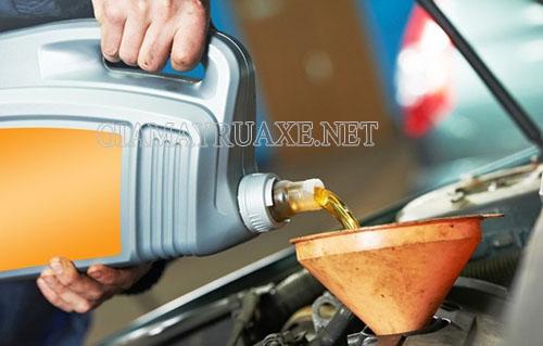 Xe máy bị hở cổ pô sẽ tiêu tốn nhiều nhiên liệu hơn bình thường