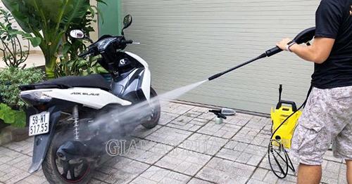 Cách rửa xe tay ga