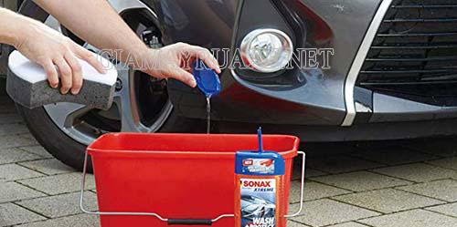 Cách dụng nước rửa xe Sonax