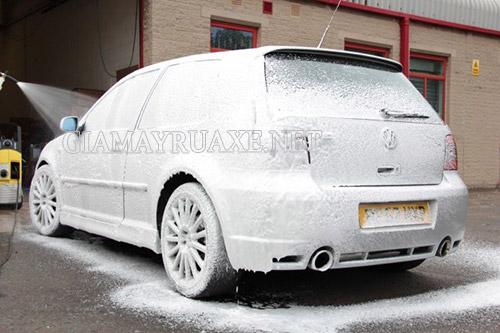 Công nghệ rửa xe không chạm có sạch không