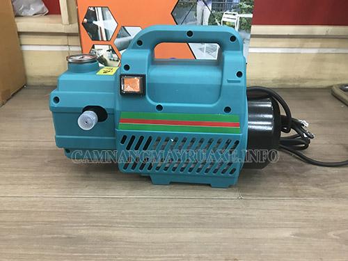 máy rửa xe Fumak FM 23
