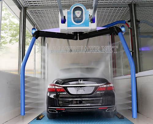 Máy rửa xe Leisuwash