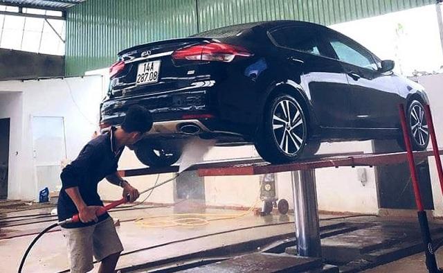 cầu nâng rửa xe cũ