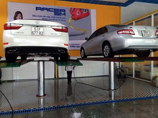 giá bán cầu nâng rửa xe ô tô