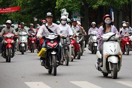 Đi xe máy cần những giấy tờ gì