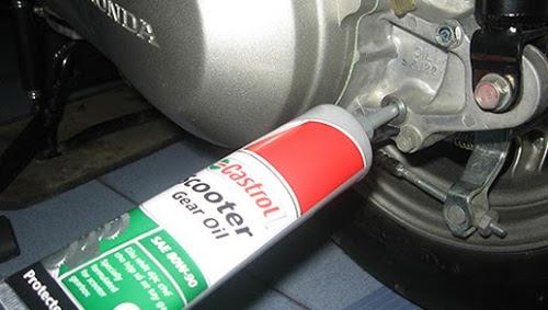 Cách thay nhớt hộp số xe airblade
