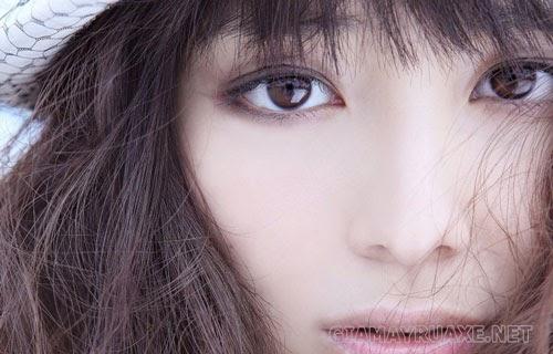 mắt trái giật nữ giới